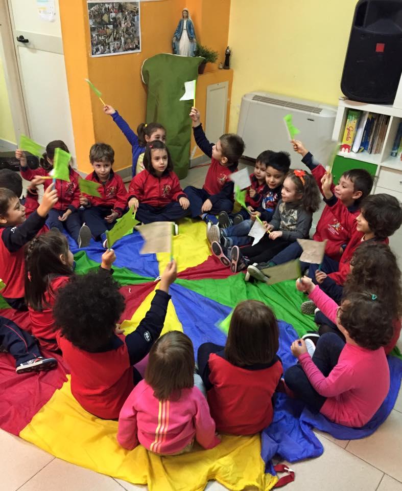 I bambini de Il Piccolo Principe in modalità cerchio di Greenopoli
