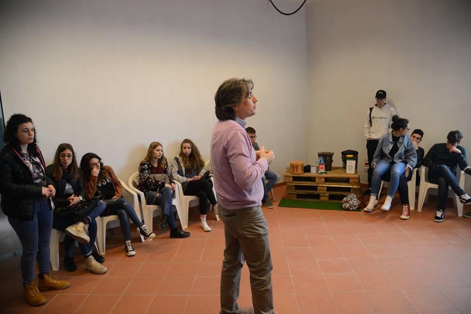 Laboratorio Greenopoli alla FIERA DEL LIBRO a Manocalzati, 5 maggio 2016 (Foto di Sabino Battista)